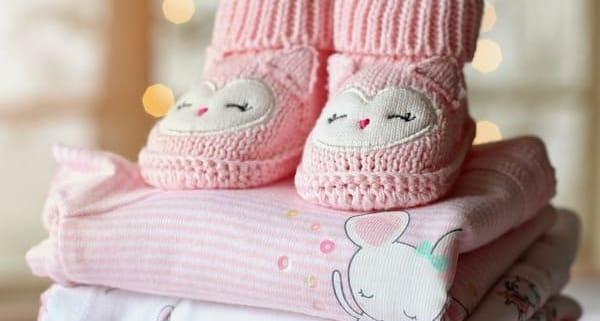 одежда для новорожденного ребенка